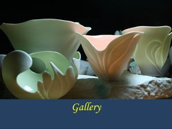 Translucent porcelain by Antoinette Badenhorst and photographed by Koos Badenhorst